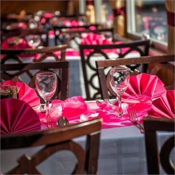 Table Decorations:  Fuchsia Colour Scheme
